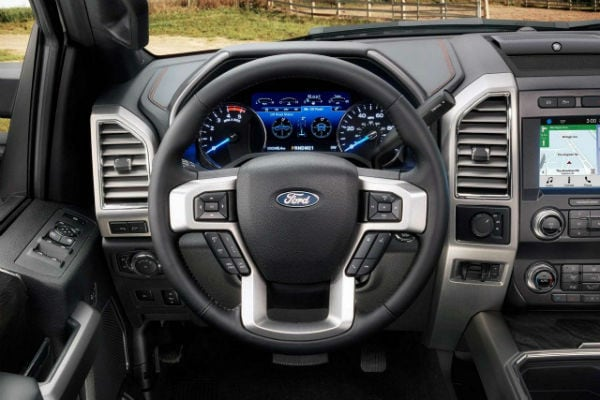 2019 Ford F-250 Super Duty Dash Drivers view Durant, OK Bill Utter Ford