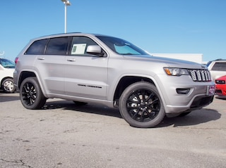 New 2019 Jeep Grand Cherokee ALTITUDE 4X4 Sport Utility in Lynchburg, VA