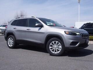 New 2019 Jeep Cherokee LATITUDE 4X4 Sport Utility in Lynchburg, VA