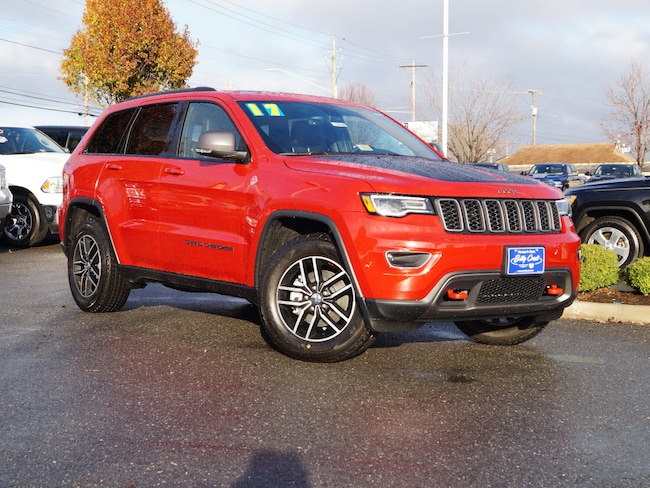 New 2017 Jeep Grand Cherokee Trailhawk 4x4 SUV