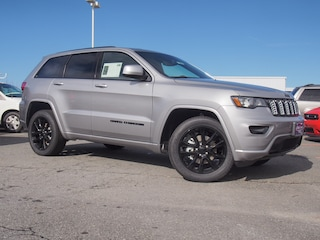 New 2019 Jeep Grand Cherokee ALTITUDE 4X4 Sport Utility in Lynchburg, VA