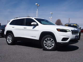New 2019 Jeep Cherokee LATITUDE 4X4 Sport Utility for sale in Lynchburg, VA