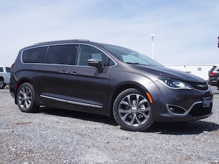New 2019 Chrysler Pacifica LIMITED Passenger Van in Lynchburg, VA