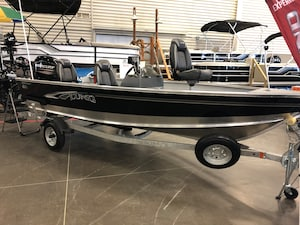 2019 LUND BOAT CO BATEAU 1600 REBEL SIMPLE CONSOLE