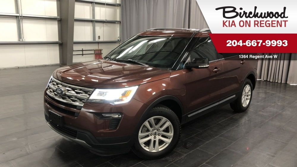 2018 Ford Explorer XLT 4WD*7 Passenger/Sync 3 With Sync Connect* Sedan