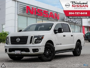2018 Nissan Titan SV Midnight Edition Demo Clearance, Navigation Truck