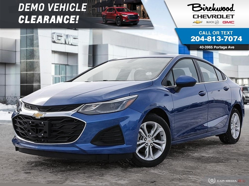 2019 Chevrolet Cruze LT Sedan True North Heated Seats, Park Assist Sedan