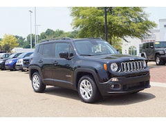 New 2018 Jeep Renegade LATITUDE 4X2 Sport Utility in Vicksburg, MS
