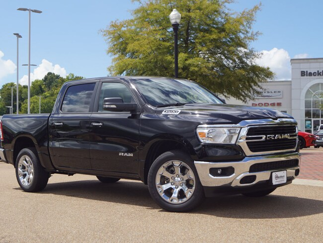 New 2019 Ram 1500 BIG HORN / LONE STAR CREW CAB 4X2 5'7 BOX Crew Cab Vicksburg, MS