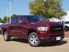 New 2019 Ram 1500 BIG HORN / LONE STAR CREW CAB 4X4 5'7 BOX Crew Cab in Vicksburg, MS