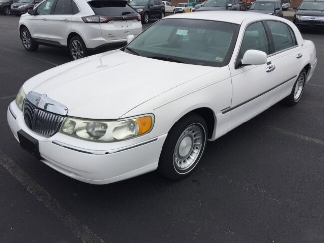 Used 2001 Lincoln Town Car For Sale At Baldwin Automotive Group