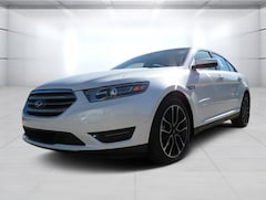 New 2019 Ford Taurus SEL Sedan for sale/lease in Beeville, TX