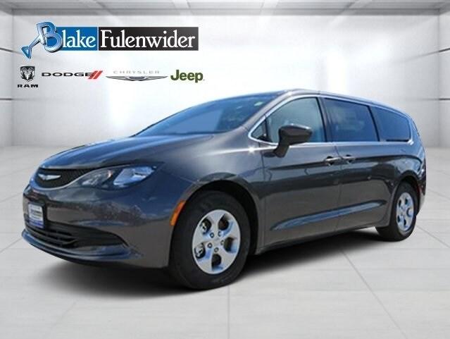 2017 Chrysler Pacifica LX Minivan/Van