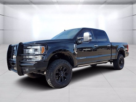 2019 Ford F-250SD Platinum Truck