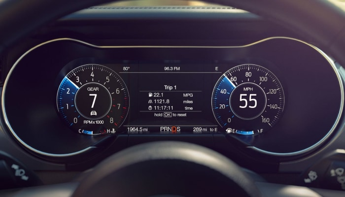 Digital instrument cluster inside the 2019 Ford Mustang