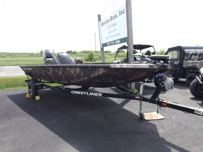 2018 Crestliner VT 17 DX Fishing Boat