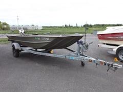 2009 Lowe Roughneck Boat