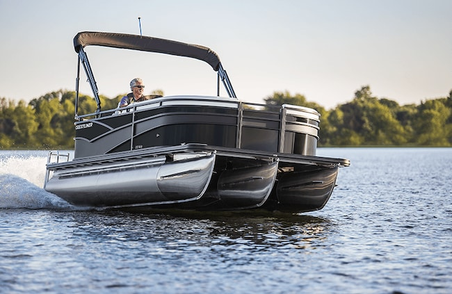 2019 Crestliner Rally 220 Pontoon Boat