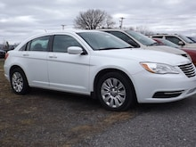 2013 Chrysler 200 USave Rental Sedan