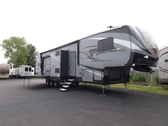 2017 XLR 422AMP 5TH WHEEL