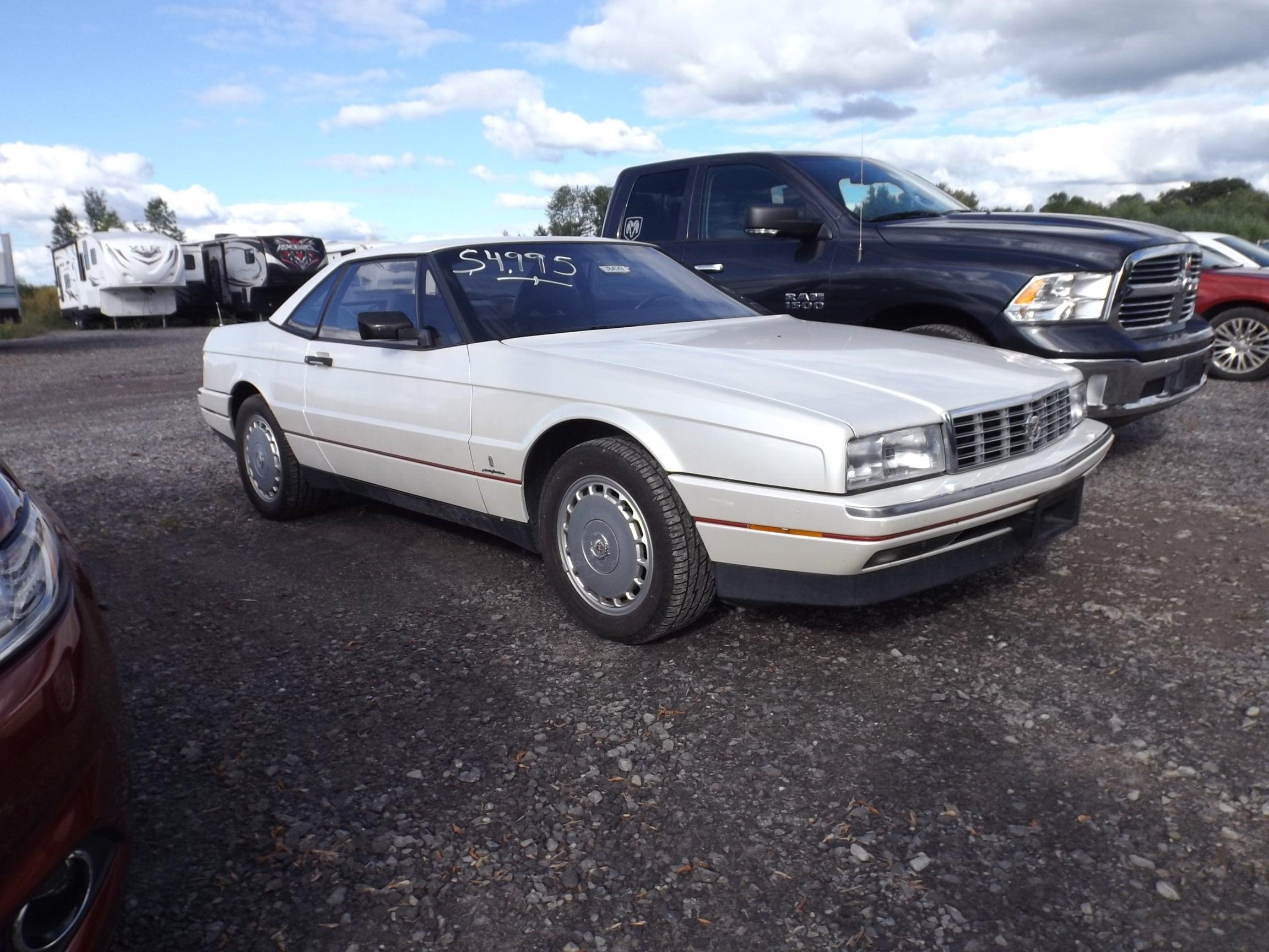1989 Cadillac Allante Base Sedan