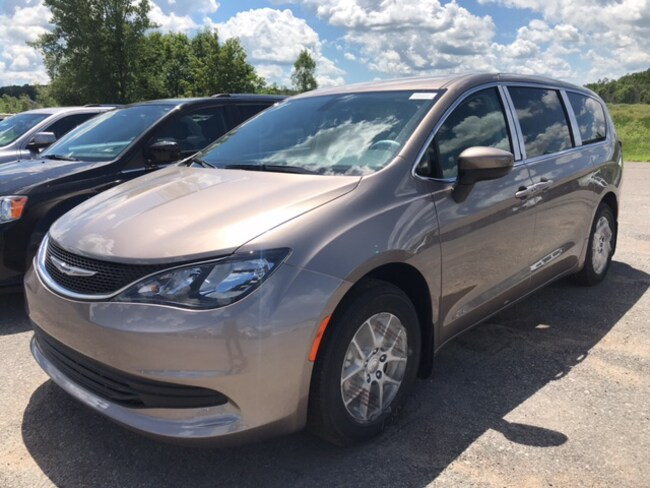 2018 Chrysler Pacifica LX Passenger Van