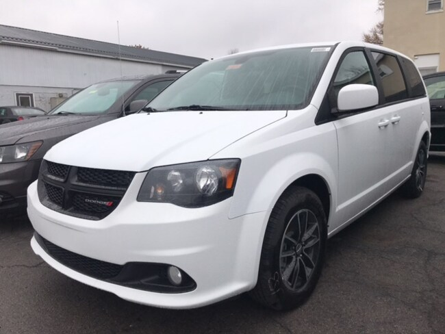 New 2019 Dodge Grand Caravan SE PLUS Passenger Van Massena