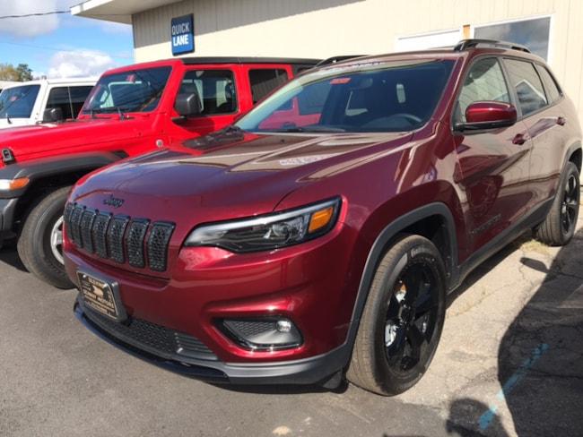 New 2019 Jeep Cherokee ALTITUDE 4X4 Sport Utility Massena