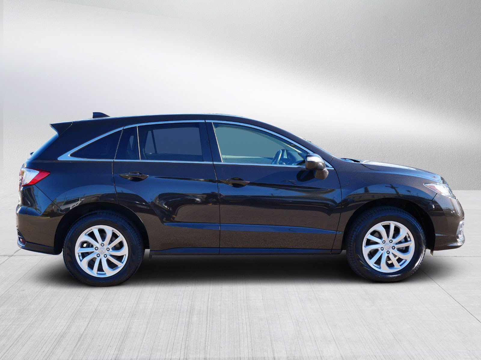 Used 2017 Acura RDX Technology & AcuraWatch Plus Package with VIN 5J8TB4H50HL008318 for sale in Bloomington, Minnesota