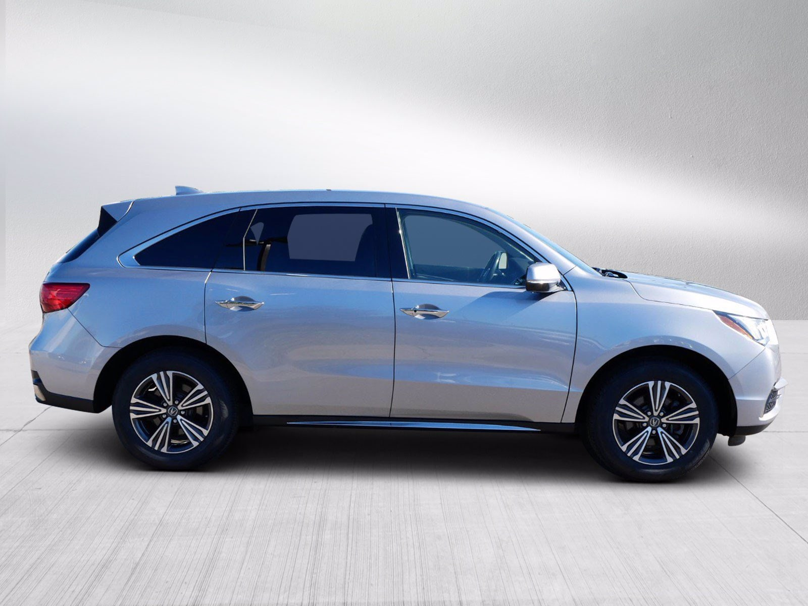 Used 2018 Acura MDX  with VIN 5J8YD4H38JL023072 for sale in Bloomington, Minnesota