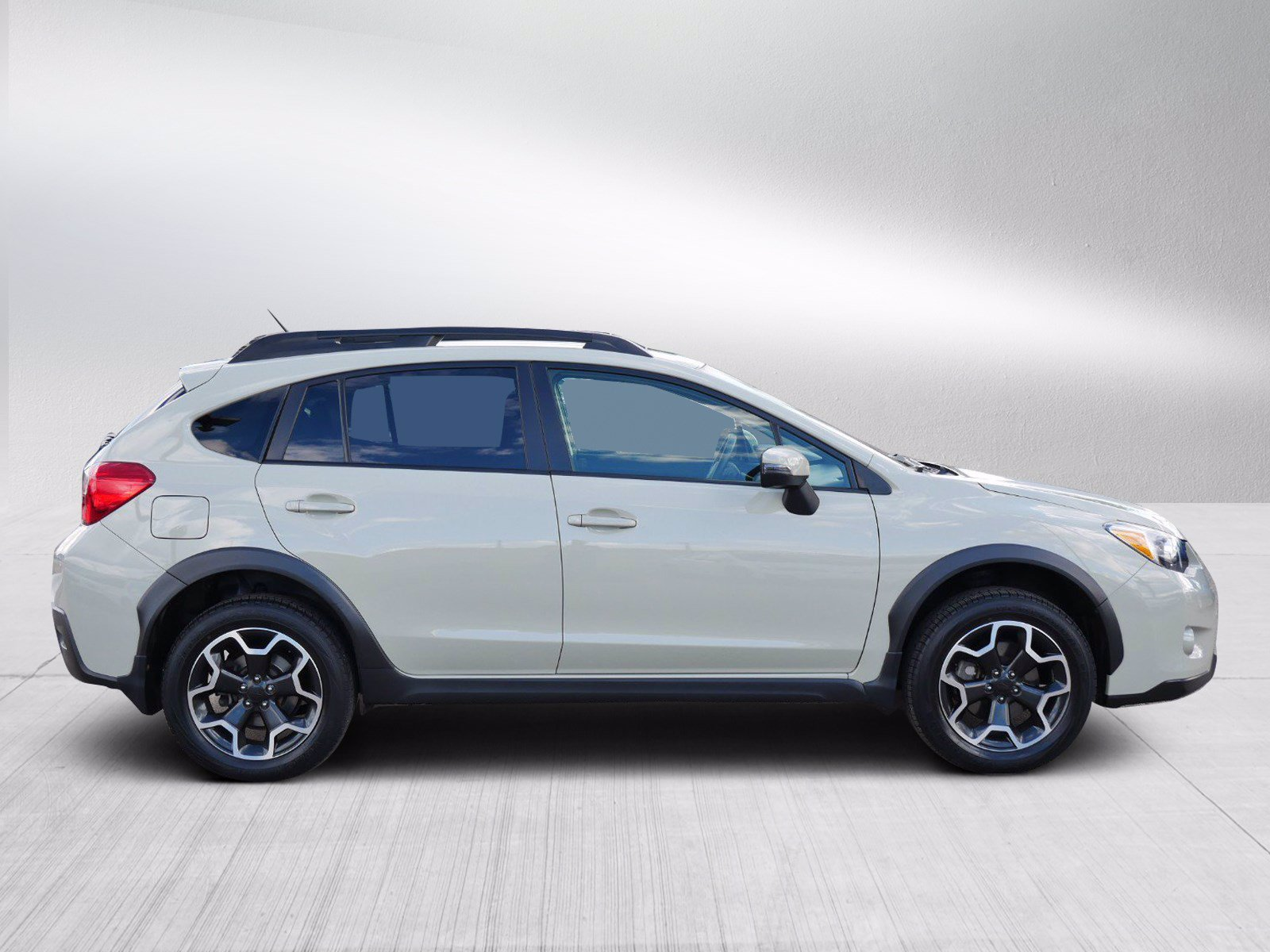 Used 2015 Subaru XV Crosstrek Limited with VIN JF2GPAMC1F8243560 for sale in Bloomington, Minnesota