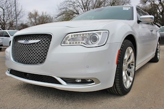 near San Antonio 2019 Chrysler 300 C Sedan New