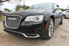 2019 Chrysler 300 TOURING Sedan near San Antonio