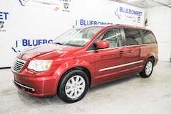 2014 Chrysler Town & Country Touring Van