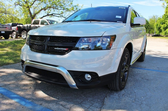 New 2019 Dodge Journey CROSSROAD Sport Utility San Antonio TX