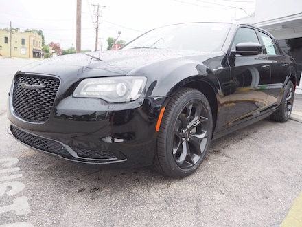 DYNAMIC_PREF_LABEL_INVENTORY_FEATURED_NEW_INVENTORY_FEATURED1_ALTATTRIBUTEBEFORE 2021 Chrysler 300 TOURING Sedan DYNAMIC_PREF_LABEL_INVENTORY_FEATURED_NEW_INVENTORY_FEATURED1_ALTATTRIBUTEAFTER