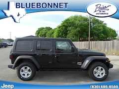 New 2019 Jeep Wrangler UNLIMITED SPORT S 4X4 Sport Utility for sale in New Braunfels, TX at Bluebonnet Jeep