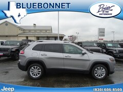 New 2019 Jeep Cherokee LATITUDE FWD Sport Utility for sale in New Braunfels, TX at Bluebonnet Jeep