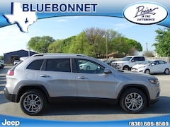 New 2019 Jeep Cherokee LATITUDE PLUS FWD Sport Utility for sale in New Braunfels, TX at Bluebonnet Jeep