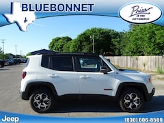 New 2019 Jeep Renegade TRAILHAWK 4X4 Sport Utility for sale in New Braunfels, TX at Bluebonnet Jeep