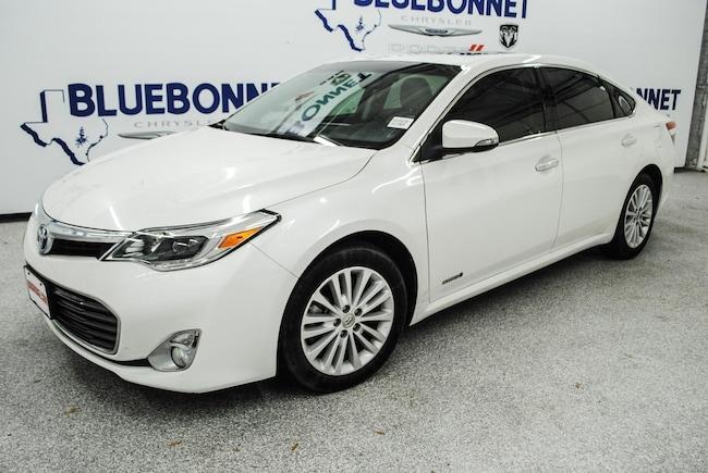 2013 Toyota Avalon Hybrid Limited Sedan
