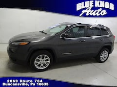 Used 2017 Jeep Cherokee Latitude FWD SUV for sale in Duncansville PA