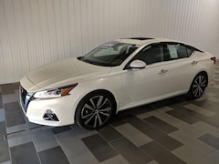 Buy a used 2019 Nissan Altima 2.5 Platinum Sedan for sale in Duncansville PA
