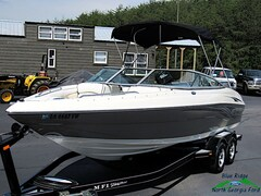 2007 Caravell Boat Runabout Runabout