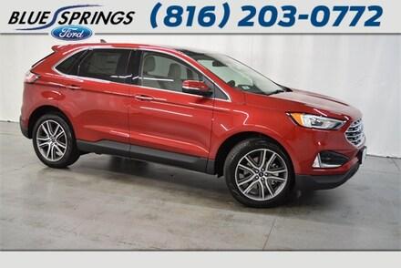 New 2020 Ford Edge Titanium SUV in Blue Springs MO
