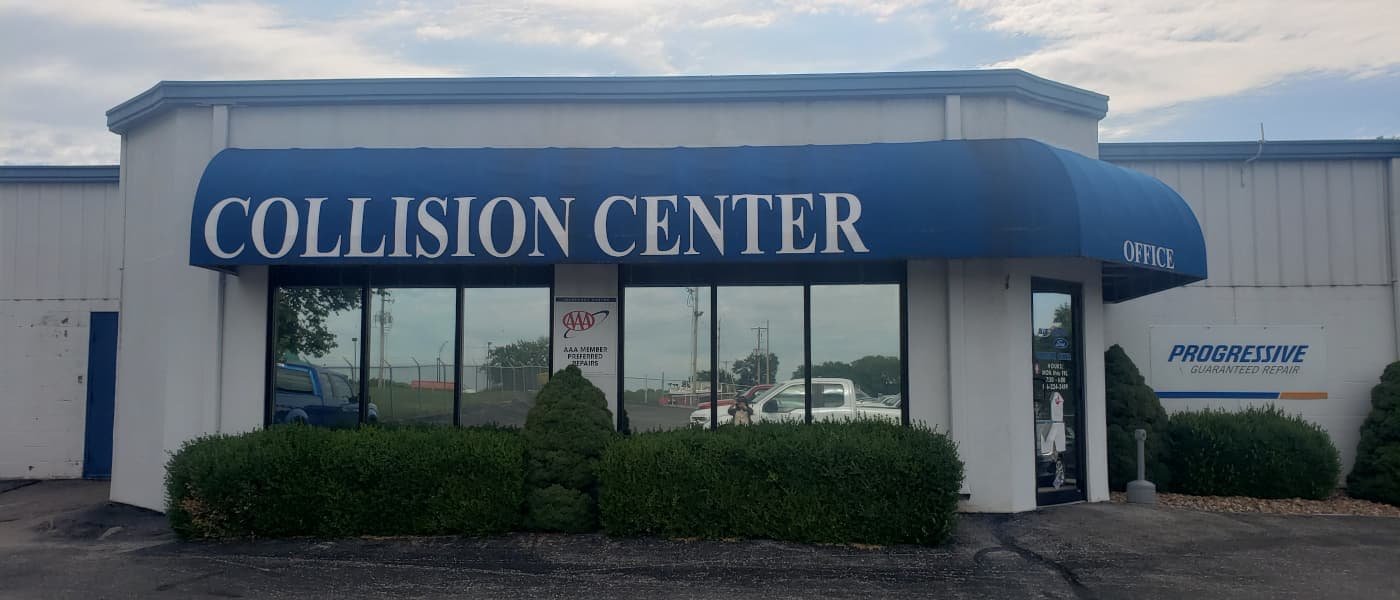 Blue Spring Ford Collision Center in Blue Springs, MO