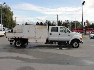 2002 Ford F-650 Chassis FLAT DECK DIESEL
