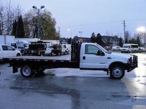 2002 Ford F-550 Chassis XL FLAT DECK 6 SPEED DIESEL