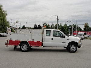 2002 Ford F-550 Chassis XLT DUALLY DIESEL