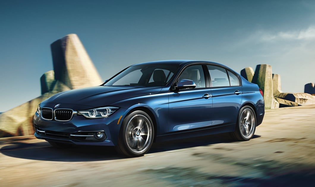 BMW 320i in Mediterranean Blue